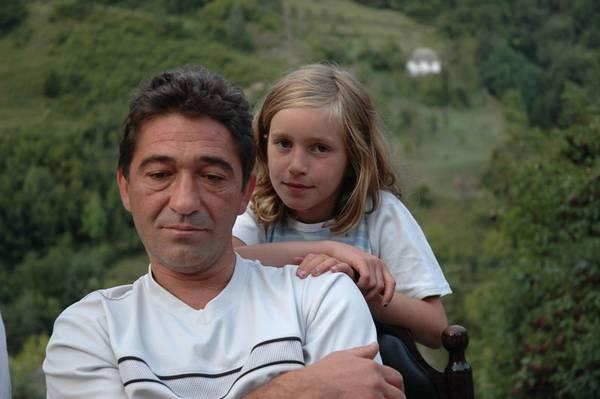 русский отец силой домогается дочь на кухне смотреть онлайн